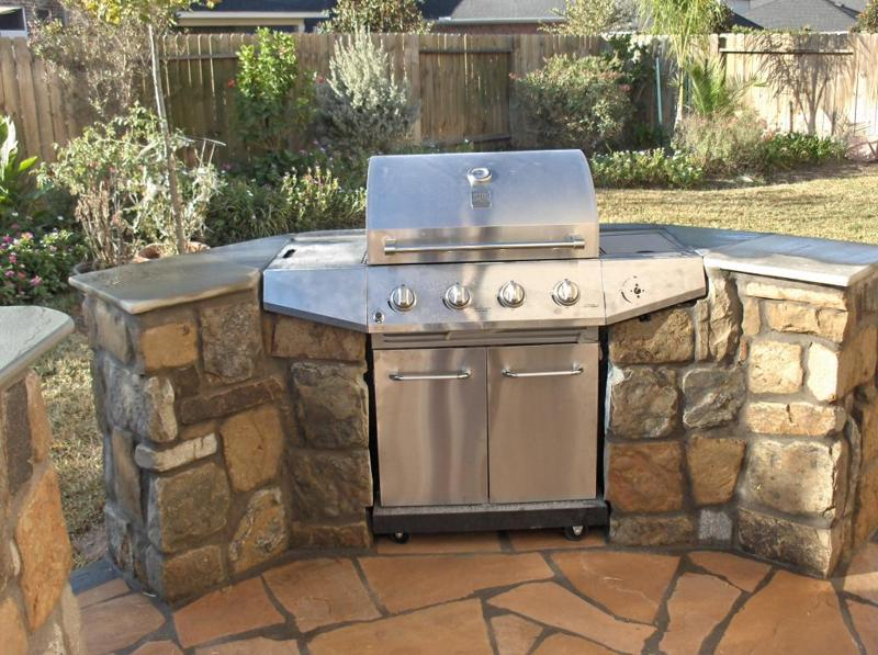 Outdoor Stone Kitchens & Backyard Bars in Houston TX from ...